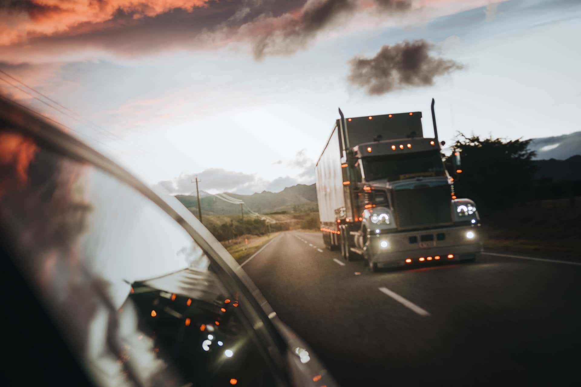 Commercial vehicle drivers prepare for ELD mandate